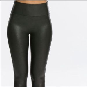 Spanx Faux Leather Leggings Size Small Petite